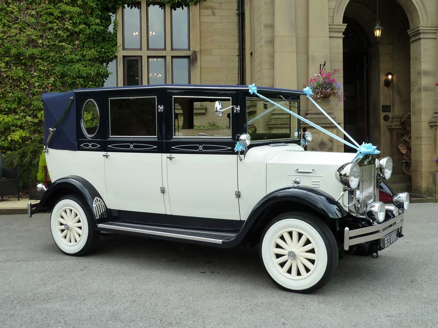 Vintage Wedding Car Hire Rental in Oxford Oxfordshire